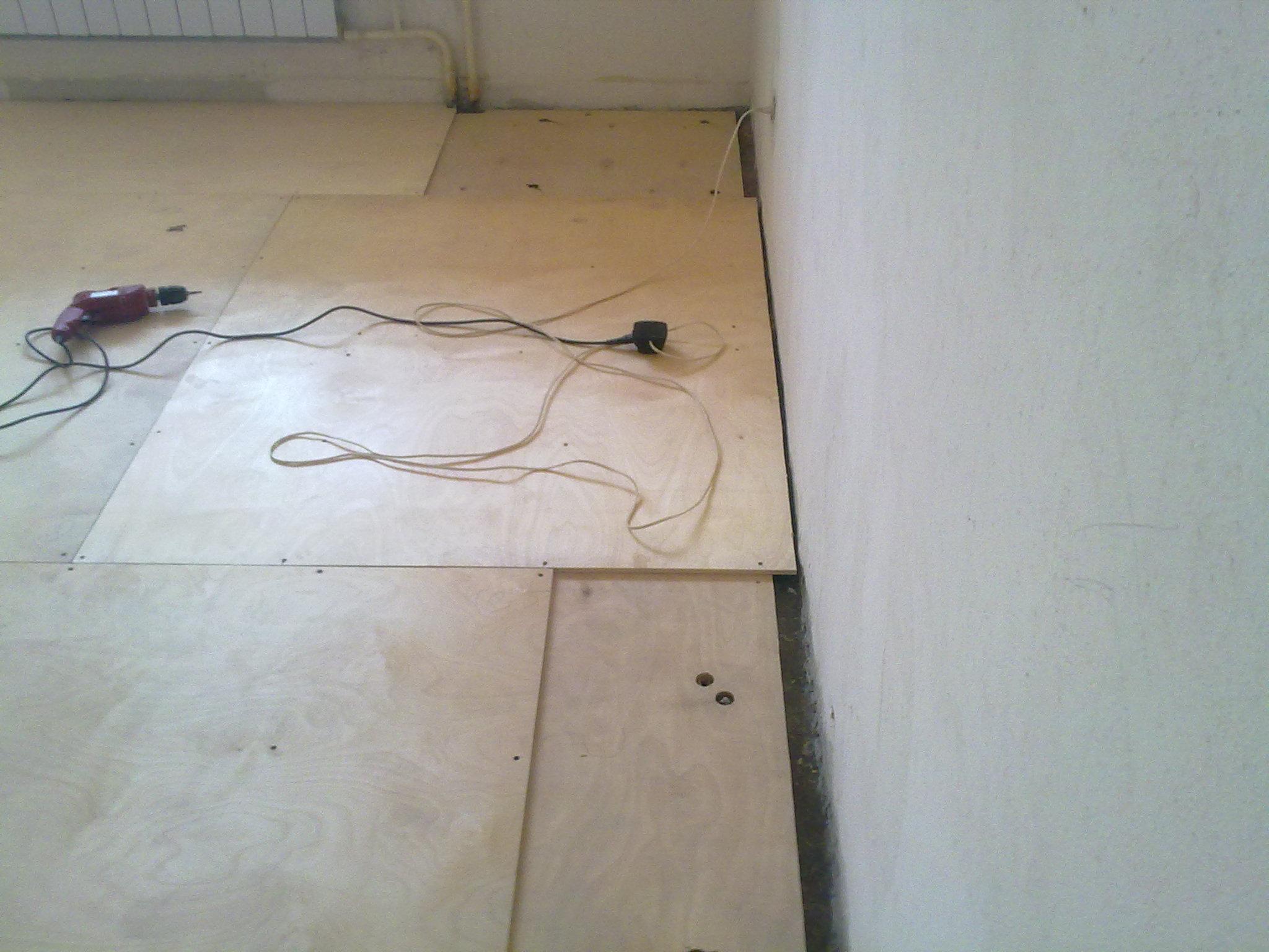 Укладка фанеры на бетонный пол своими руками: крепление 57